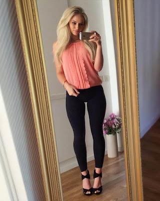 outfit de primavera con leggins negros