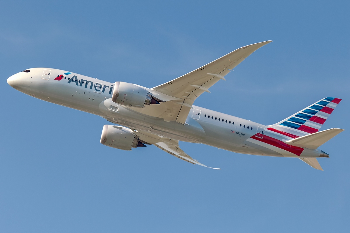 American Airlines Boeing 787-8 Takeoff at Heathrow | Aircraft Wallpaper News