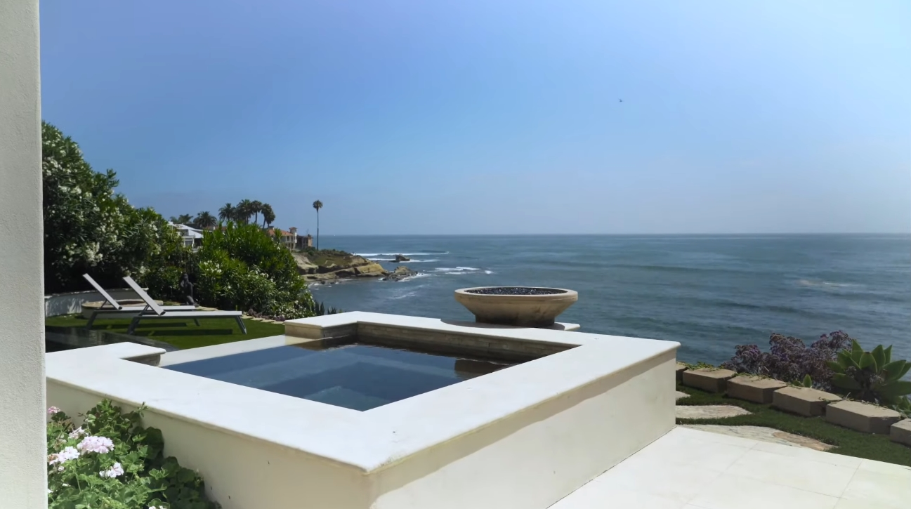 23 Photos vs. 5850 Camino de la Costa, La Jolla, CA vs. Luxury Home Interior Design Tour