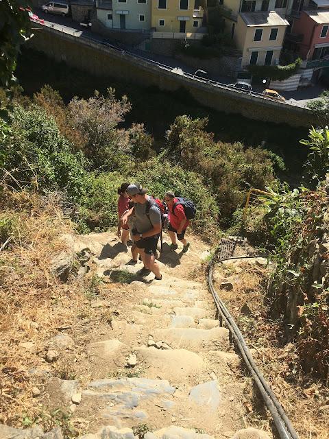 trails in cinque terre