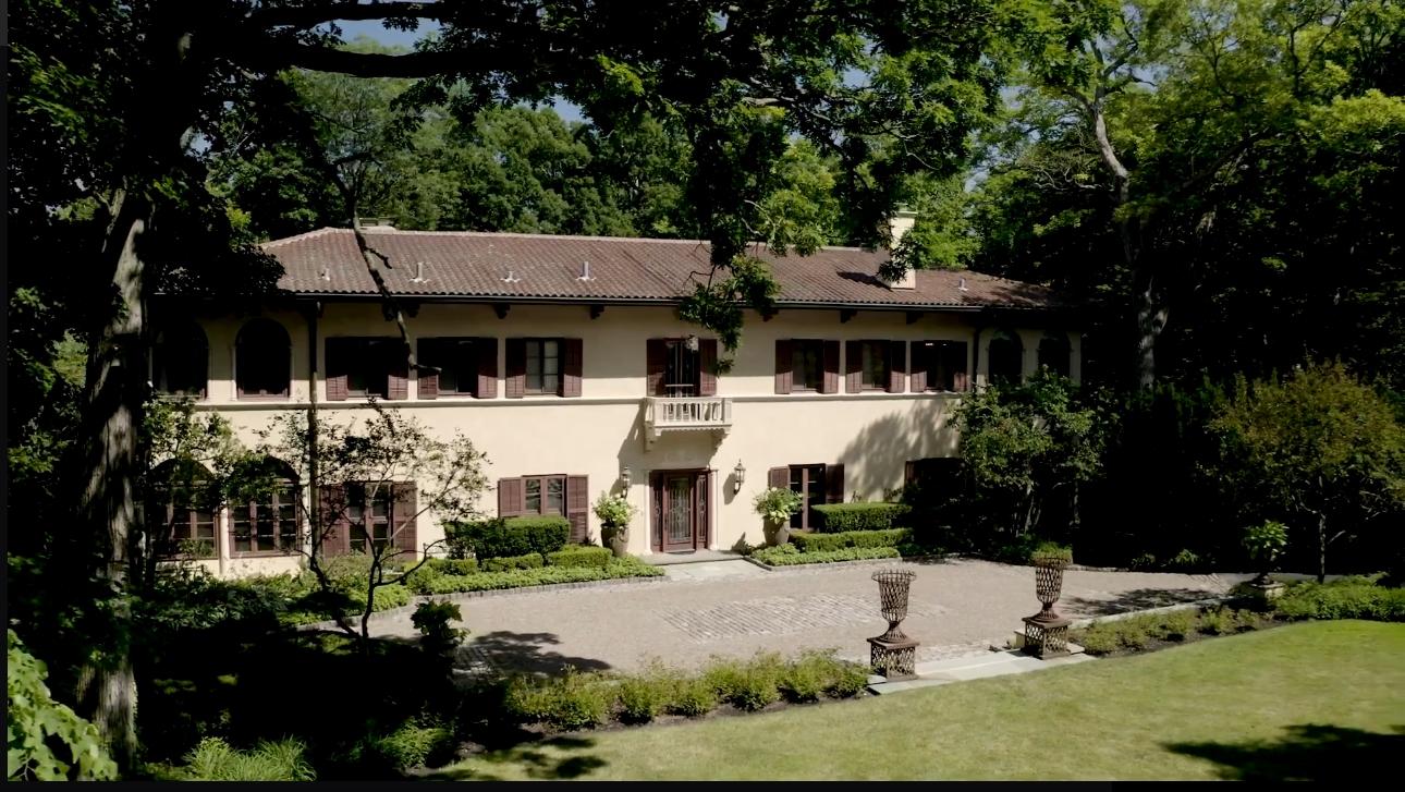 Luxury Home Interior Design Tour vs. 1000 E Illinois Rd, Lake Forest, IL