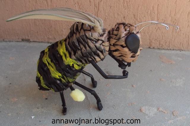 Pszczoła, osa czy szerszeń? :)