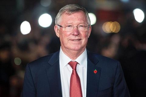 Vì các bình luận liên quan tới trọng tài Atkinson, Sir Alex Ferguson cũng từng bị truất quyền chỉ đạo 5 trận.