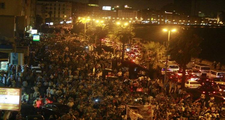 عاجل | شاهد ماذا يحدث الآن في مصر بعد رفع الدعم عن البنزين و السولار و إنهيار الجنيه