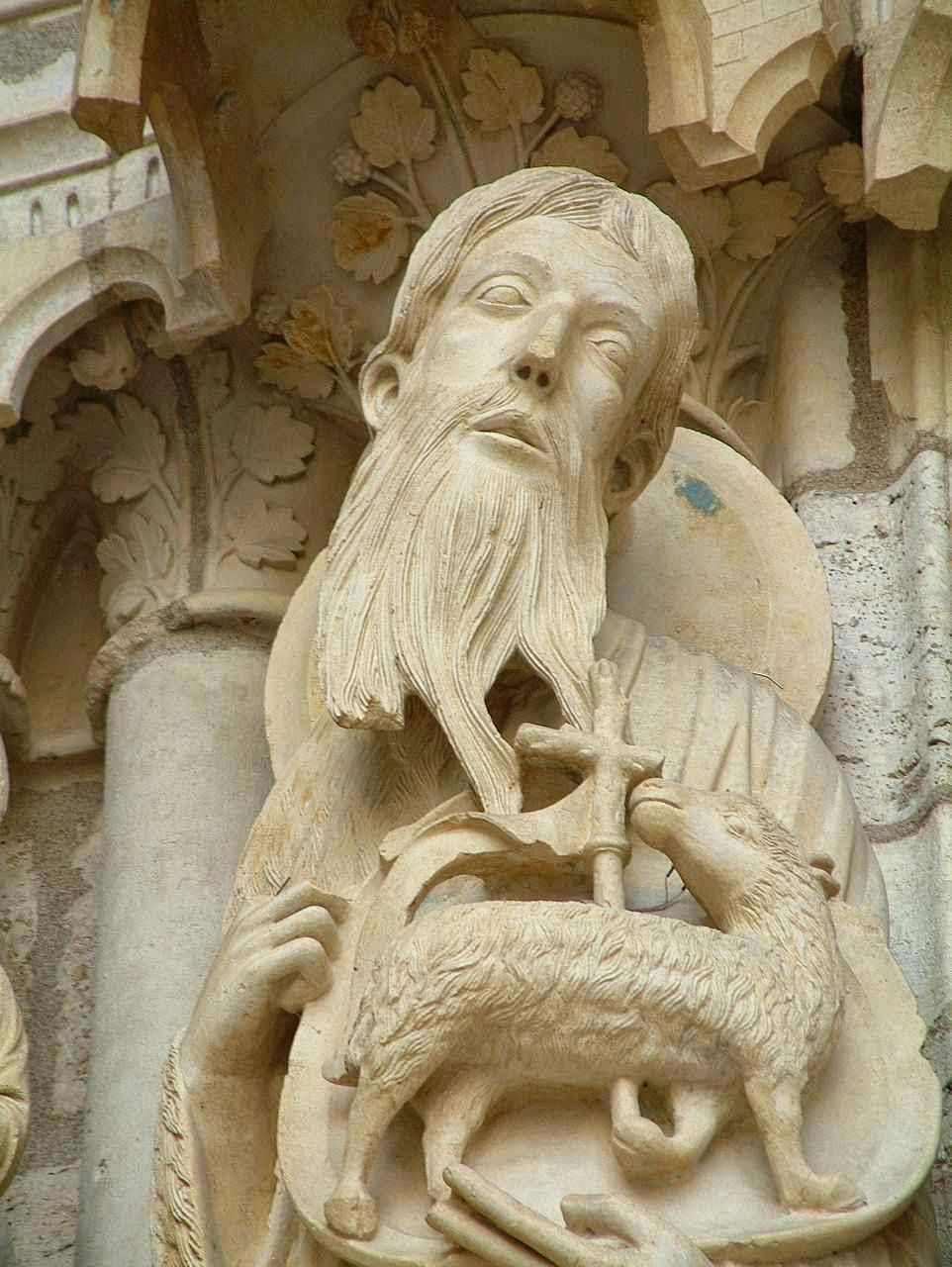 São João Batista anuncia o Cordeiro de Deus: Cristo Catedral de Chartres