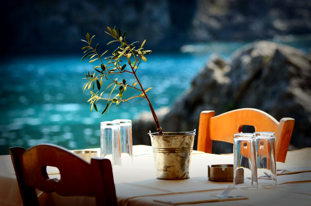 restaurant-in-greece