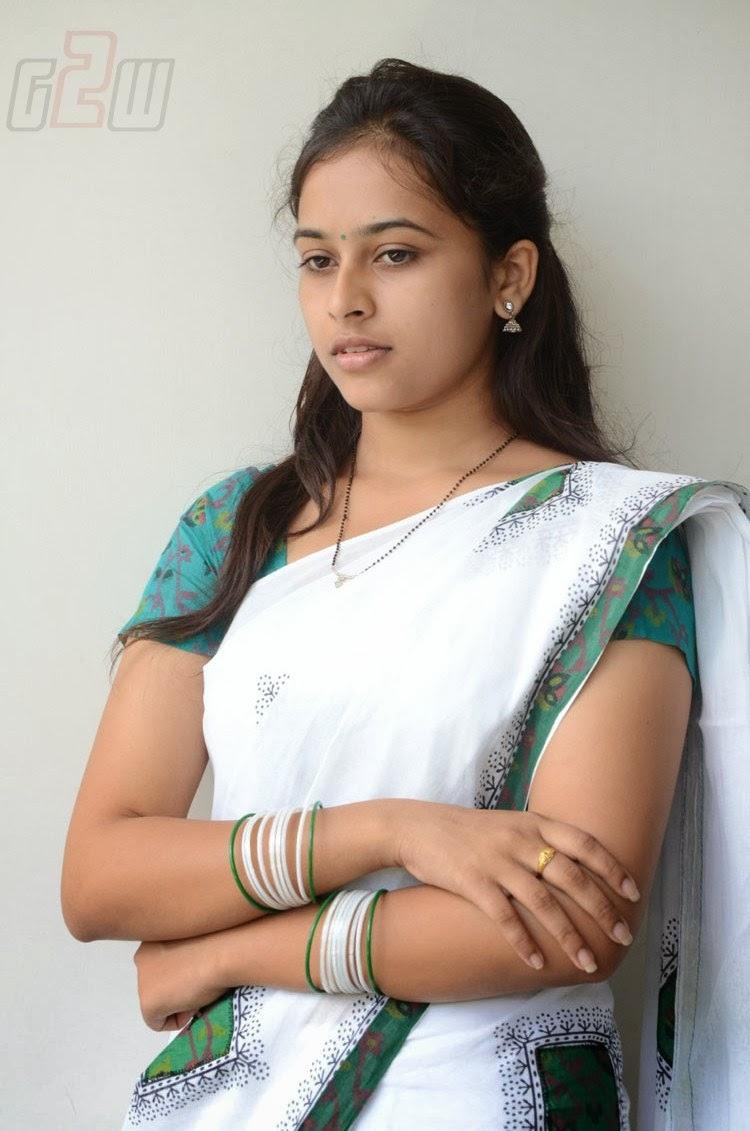 Indian Garam Masala South Actress Sri Divya Latest Photos -4994