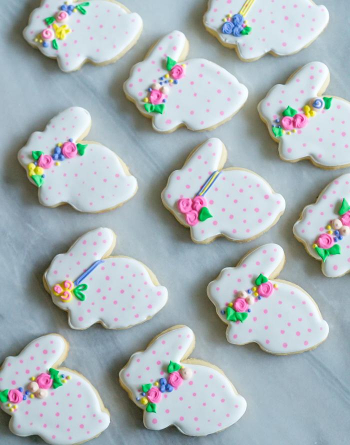 polka dot bunny cookies ♥ bakeat350.net