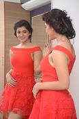 Yamini bhaskar new glam pics-thumbnail-19