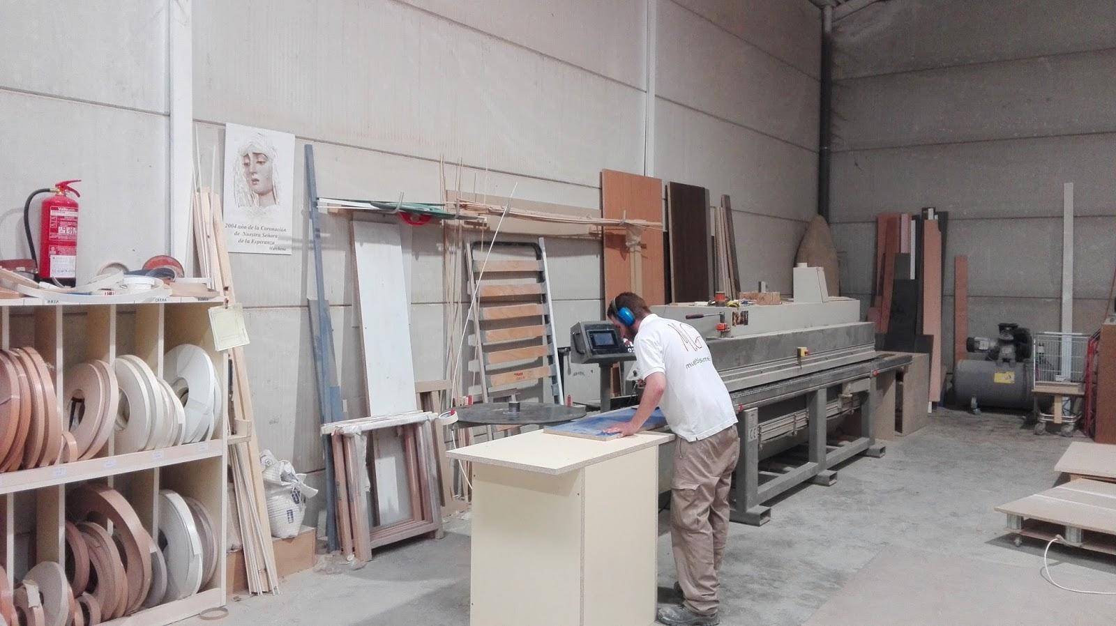 Muebles de dise o en sevilla for Registro de bienes muebles sevilla