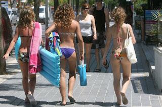 La isla de Mallorca prohibirá el uso de bikini