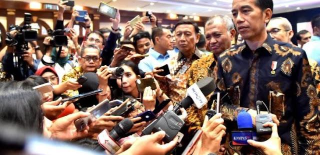Tanggapi Penyerangan KKB Papua, Ferdinand Hutahaean: Jokowi Bukan Pemimpin