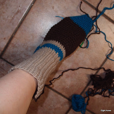 eight acres: crochet socks step-by-step