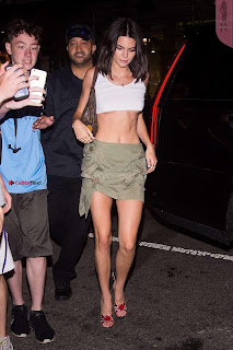 Kendall-Jenner-in-Mini-Skirt-at-Cipriani--03+%7E+SexyCelebs.in+Exclusive+Celebrities+Galleries.jpg