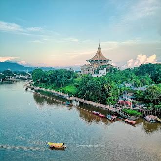 7 Aktiviti Yang Anda Boleh Lakukan Di Kuching Waterfront, Sarawak