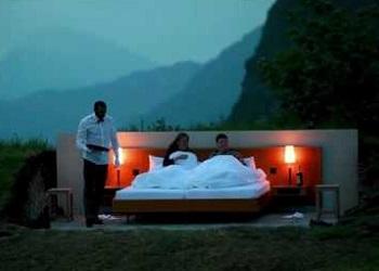 Hotel tanpa atap dan dinding di pegunungan Alpen, SWISS