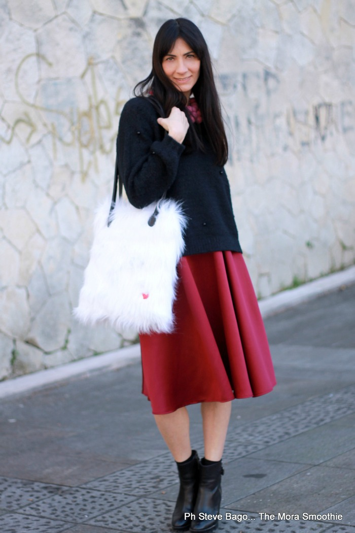 fashion, fashionblog, fashionblogger, italian fashionblogger, bag, borsa pelliccia, skirt, gonna, gonna a ruota, nessie and roses, bag nessie and roses, borsa finta pelliccia, faux fur bag