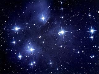 Mengapa Bintang Selalu Tampak Berkedip ?
