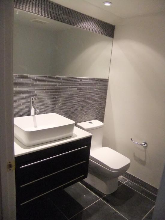 Half bathroom design ideas cozy pinkbungalow - Half bathroom decor ideas ...