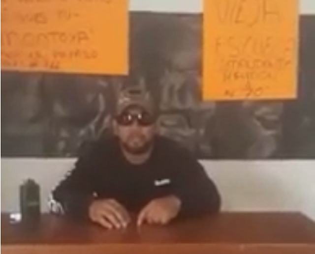 """VIDEO, """"No quieren coperar por la buena, se le los va a llevar la verga"""", Zetas Vieja Escuela amenazan a Empresarios extorsionadores"""