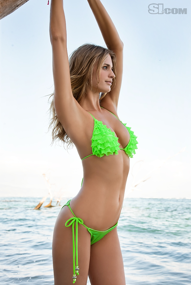 how to become a si swimsuit photographer