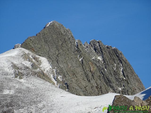 Pico Torres desde la Peña Llagarello