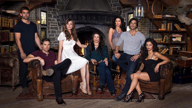 maratona de As Bruxas de East End (Witches of East End)  no Lifetime