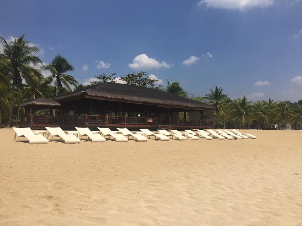 Wide white sand beach... - Picture of Camaya Coast, Mariveles
