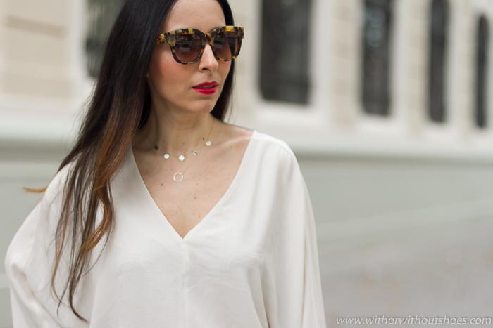 Inluencer blogger moda belleza Valencia fotografia bonita maquillaje labios rojos