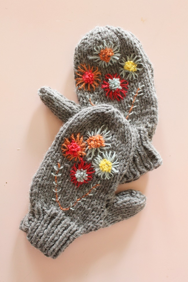 hand knit childrens gray mittens with embroidered wool flowers from va voom vintage