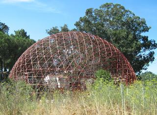 Estado deplorable de la estructura poliédrica de Bemposta en 2010
