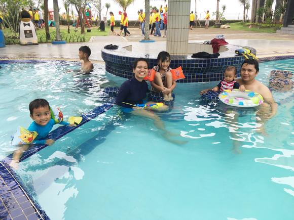 berenang-di-jayakarta-anyer