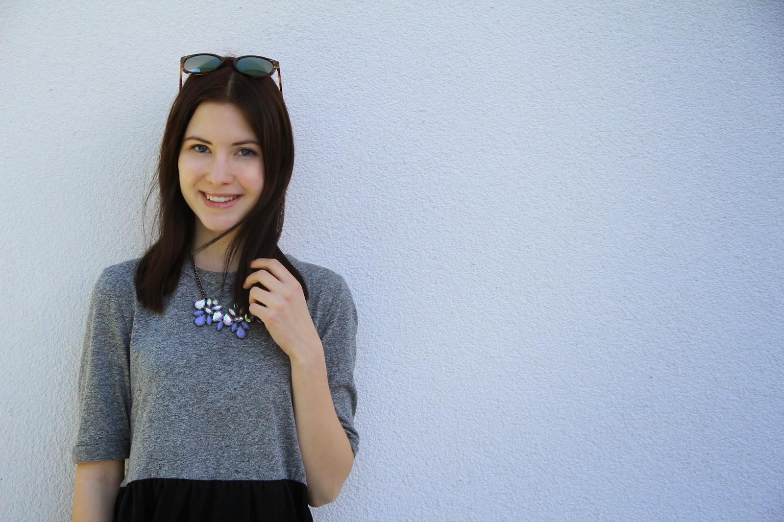 Девушка с руссыми волосами
