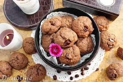 Ciastka czekoladowo-kawowe z syropem klonowym i nutą pomarańczy