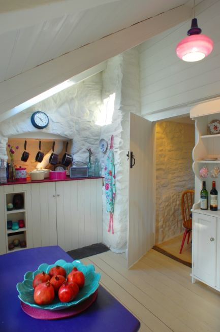 shabby country life teacup cottage per un viaggio verso la cornovaglia. Black Bedroom Furniture Sets. Home Design Ideas