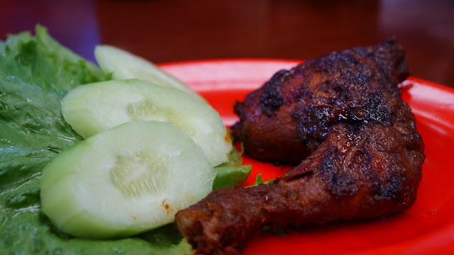 Menu Ayam Di Ayam Pak Usu, Nikmat Tiada Tara
