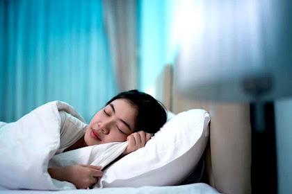 9 Makanan Yang Membantu Kamu Tidur Nyenyak