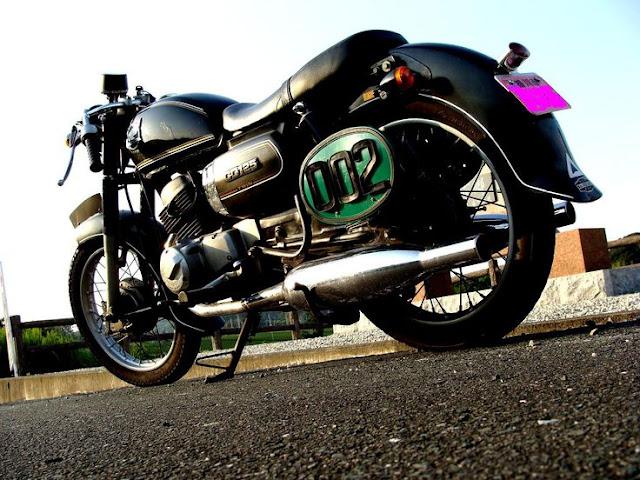 Honda CD 125 Benly độ Cafe Racer - Tracker - BMW - Army đẹp