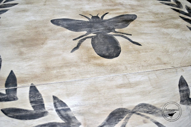bee and wreath distressed with dark wax