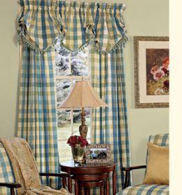 Consigli per la casa e l 39 arredamento le tende arricciate for Tende casa classica