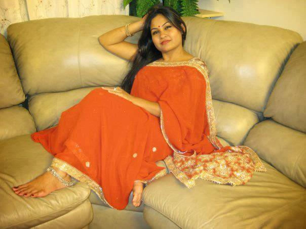 sexy-experienced-indian-bhabhi-hot-image