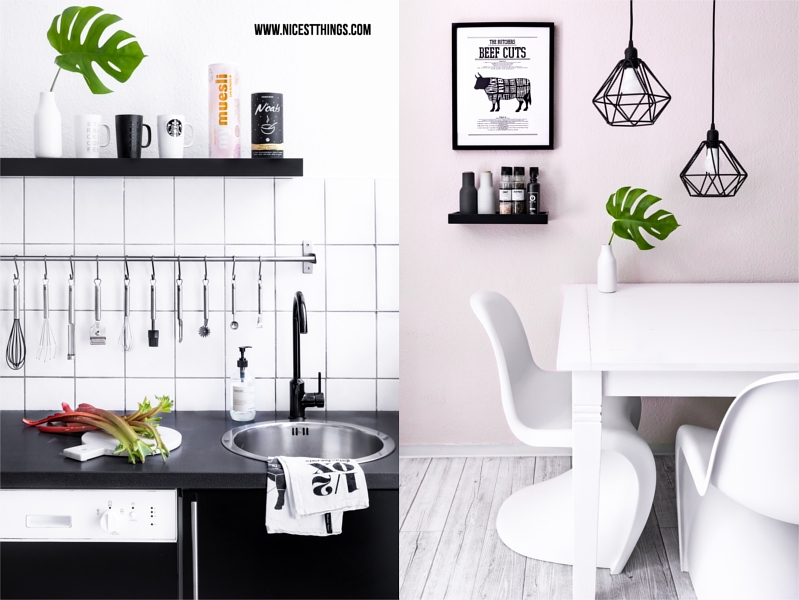 Küche mit weißen Panton Chairs und Metall-Leuchten