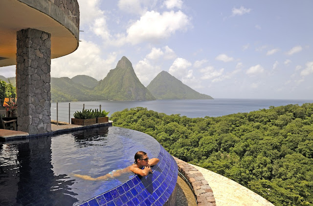 couples vacation Jade Mountain resort