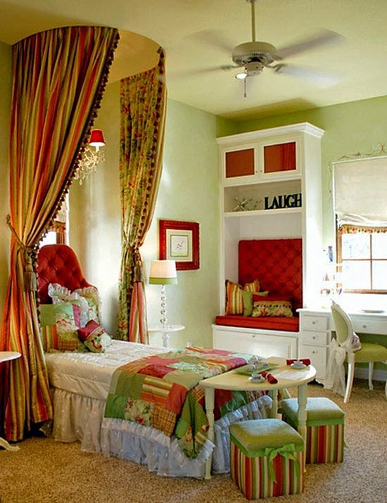 habitación colorida para niña