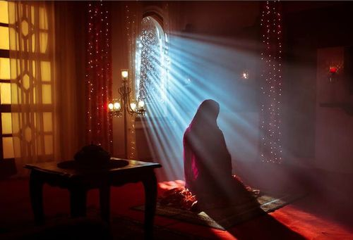 Muslimah.. Lakukan Ini JIka Ingin Jari-Jarimu Menjadi Penyelamat Diakhirat