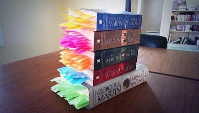 Meme de humor sobre Juego de tronos y el resto de libros de la saga