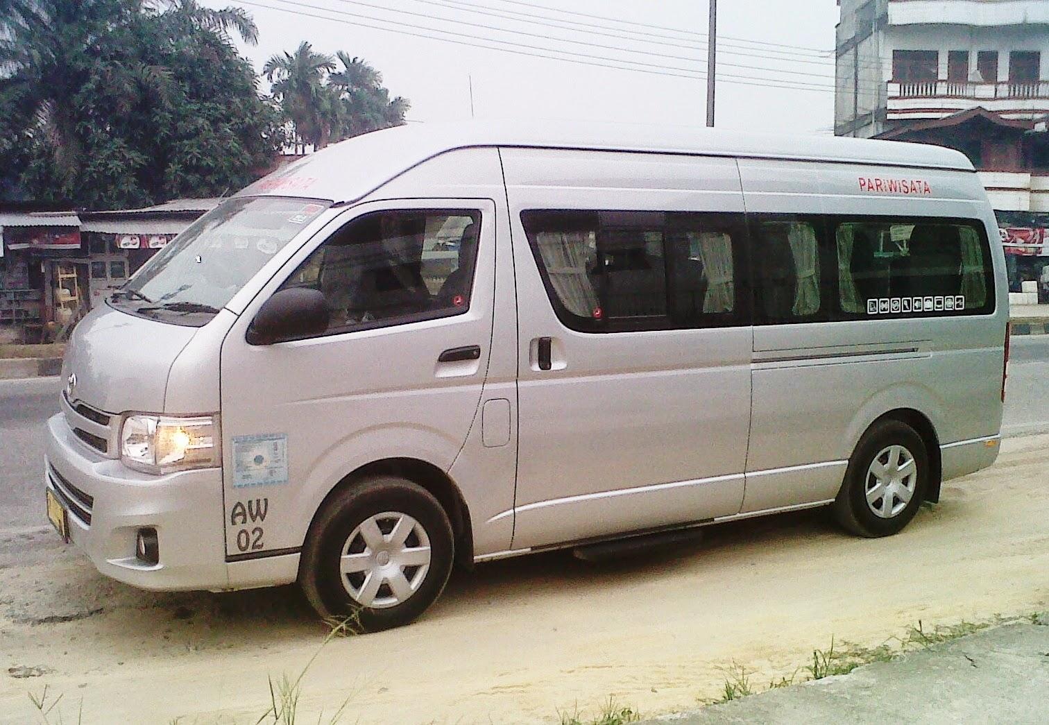 Sewa Bus Pariwisata Pekanbaru 7