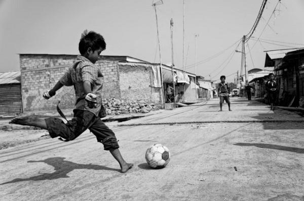 Θυμάσαι τους 12 κανόνες του ποδοσφαίρου της αλάνας;