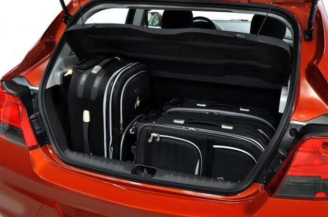 2013 Chevrolet Onix Rear Baggage