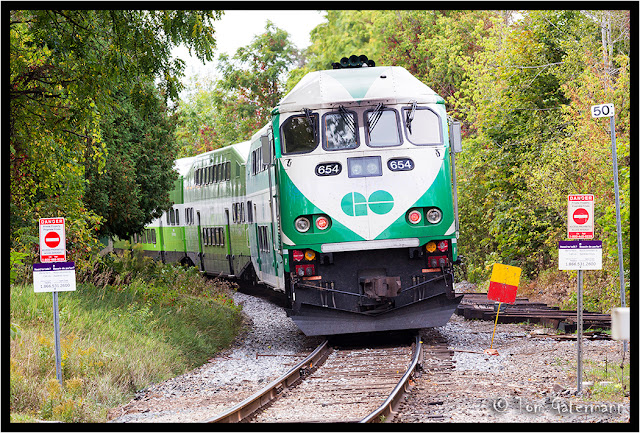 GO Transit - GO 654 - Curve At Unionville (Markham, ON)